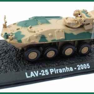 Tank LAV-25 Piranha – 2005. Plastový model 1:72.